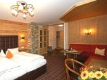 """Wohn-Schlafraum """"LANDLEBEN"""" - Appart & Hotel garni VILLA KNAUER Mayrhofen"""