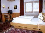 Hotel Garni Jennewein Doppelzimmer Bild - Hotel Garni Jennewein Mayrhofen