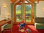 Babymio - Hotel für Schwangerschaft, Geburt & Baby Turmsuite Bild - Babymio - Familienhotel in den Kitzbueheler Alpen Kirchdorf