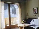 Südseitige Lage mit schönem Ausblick - Ferienwohnungen Pension SENFTER Innervillgraten