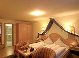 Alpenhotel Mittagspitze - Kat II geräumiges Komfortzimmer - Alpenhotel Mittagspitze Damuels