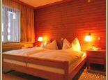 Hotel Edelweiss Doppelzimmer Bild - Hotel Edelweiss Schoppernau