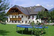 Am Linahof