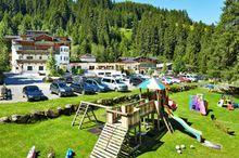 Baby u. Kinderhotel Habachklause, Bauernhof-Resort