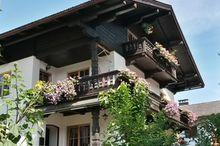 Dorf 22 Ferienwohnung und Zimmer
