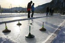 Eislaufplatz & Eisstockschießen