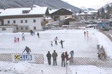 Eislaufplatz Dorfzentrum