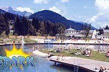 Jezero s koupalištěm a vodním parkem St. Martin am Tennengebirge
