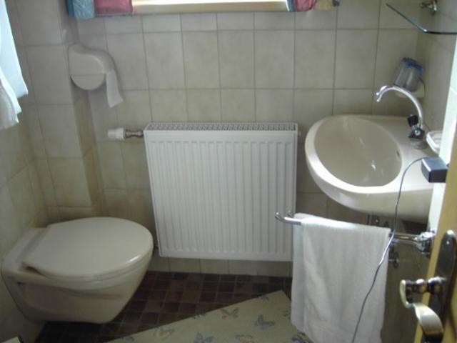... Badezimmer   Haus Gutwenger St. Jakob Im Defereggental ...